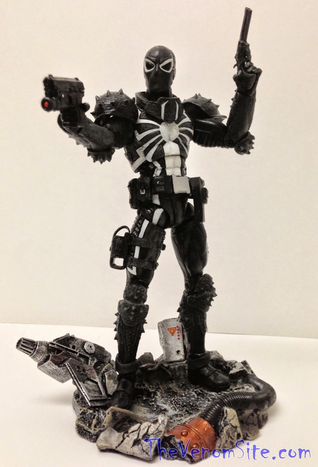 Buy Marvel Select Agent Venom exclusively from Disney Stores
