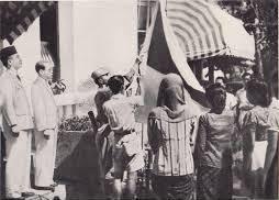 Pengibar Bendera Pusaka 17 Agustus 1945....!!!| http://indonesiatanahairku-indonesia.blogspot.com/