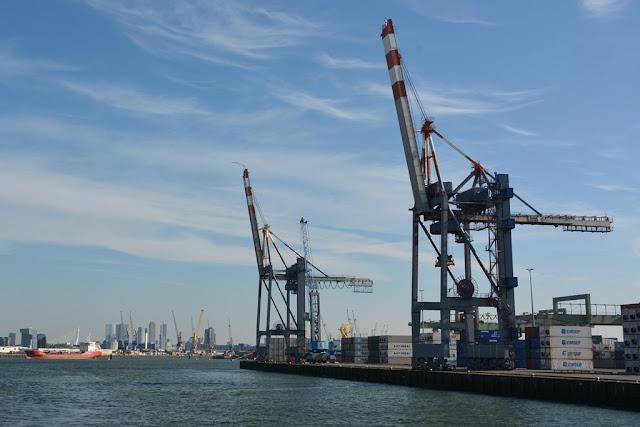 Rotterdam crane