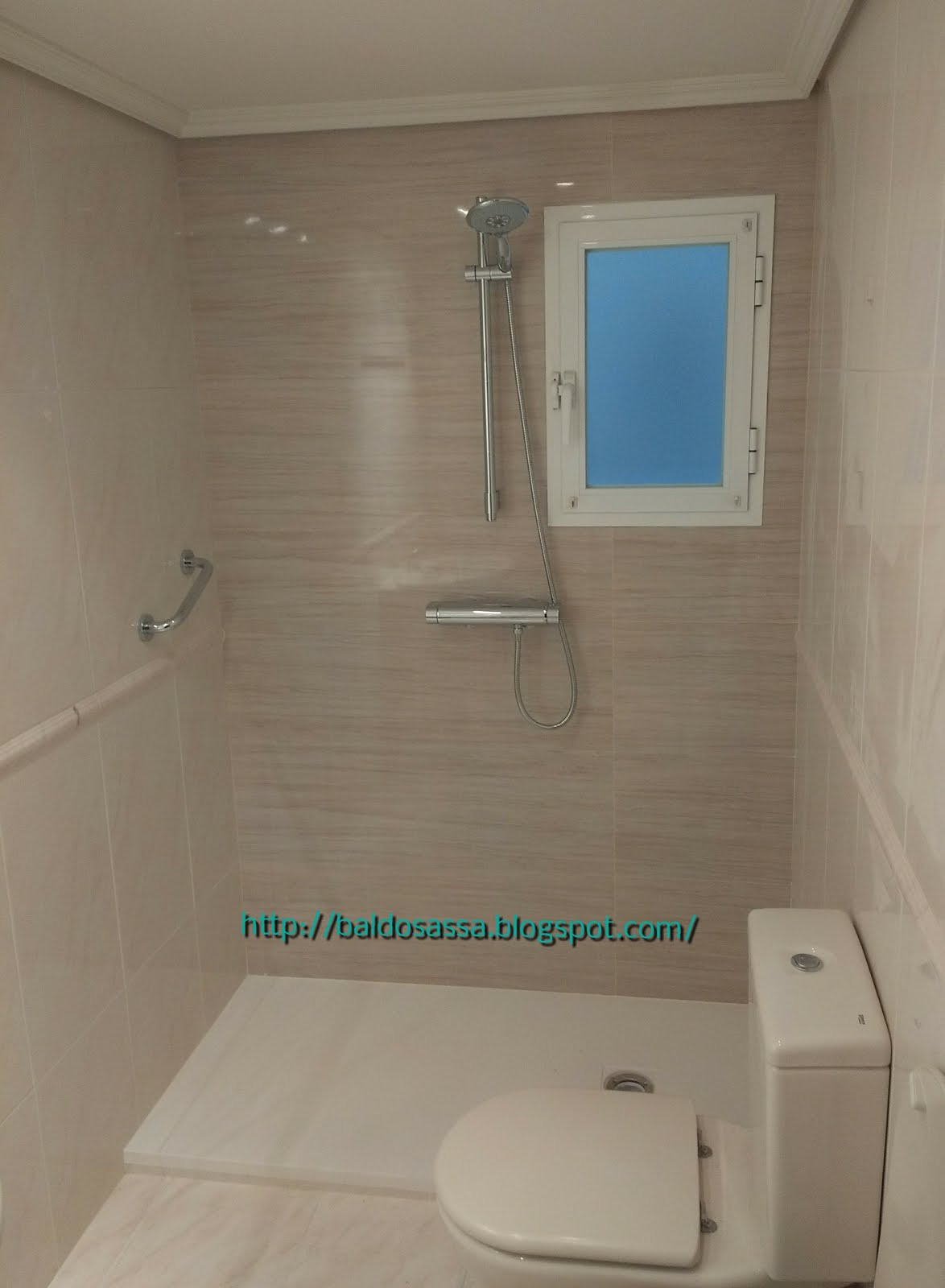 Cambio de bañera por plato de ducha carga mineral Kassandra