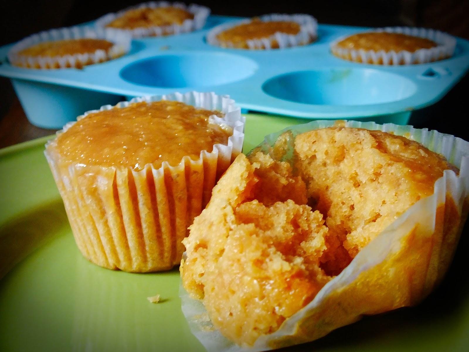 Strawberry Jam Oatmeal Muffins | Houselements