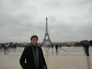 Paris-France, 2011.
