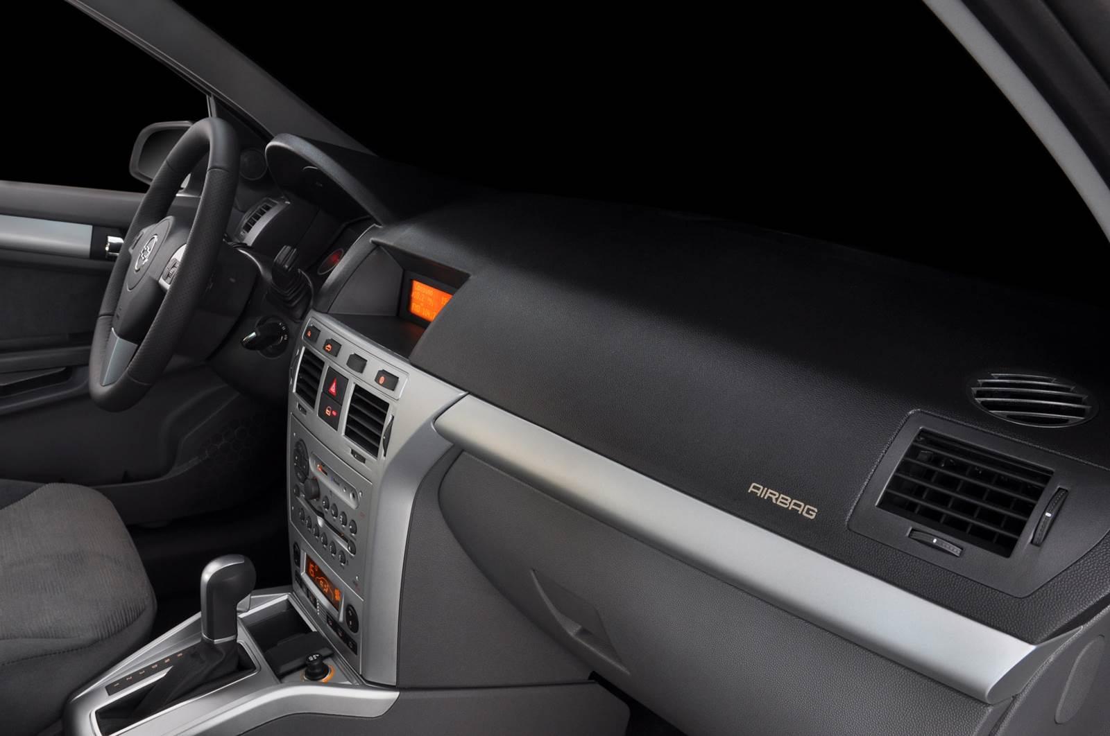 Chevrolet Vectra 2011 Fotos E Especifica 231 245 Es Oficiais