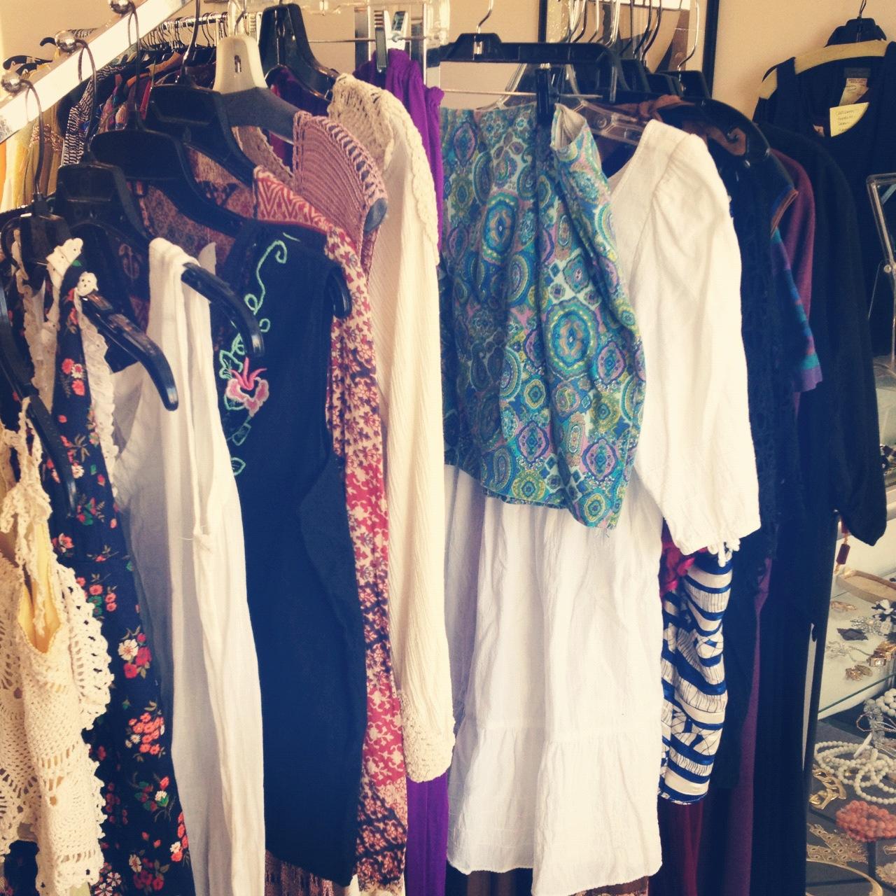 d 233 j 224 vu vintage finery palm springs vintage clothing