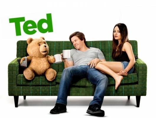 Ted filme estrelando Mark Wahlberg e Mila Kunis