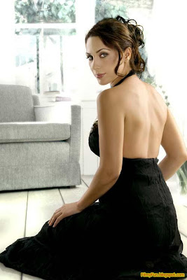 rosa_catalano_hottest_foreign_actress_in_bollywood_FilmyFun.blogspot.com