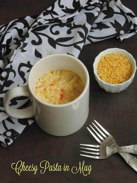 Cheesy pasta in mug, Mac&cheese in mug