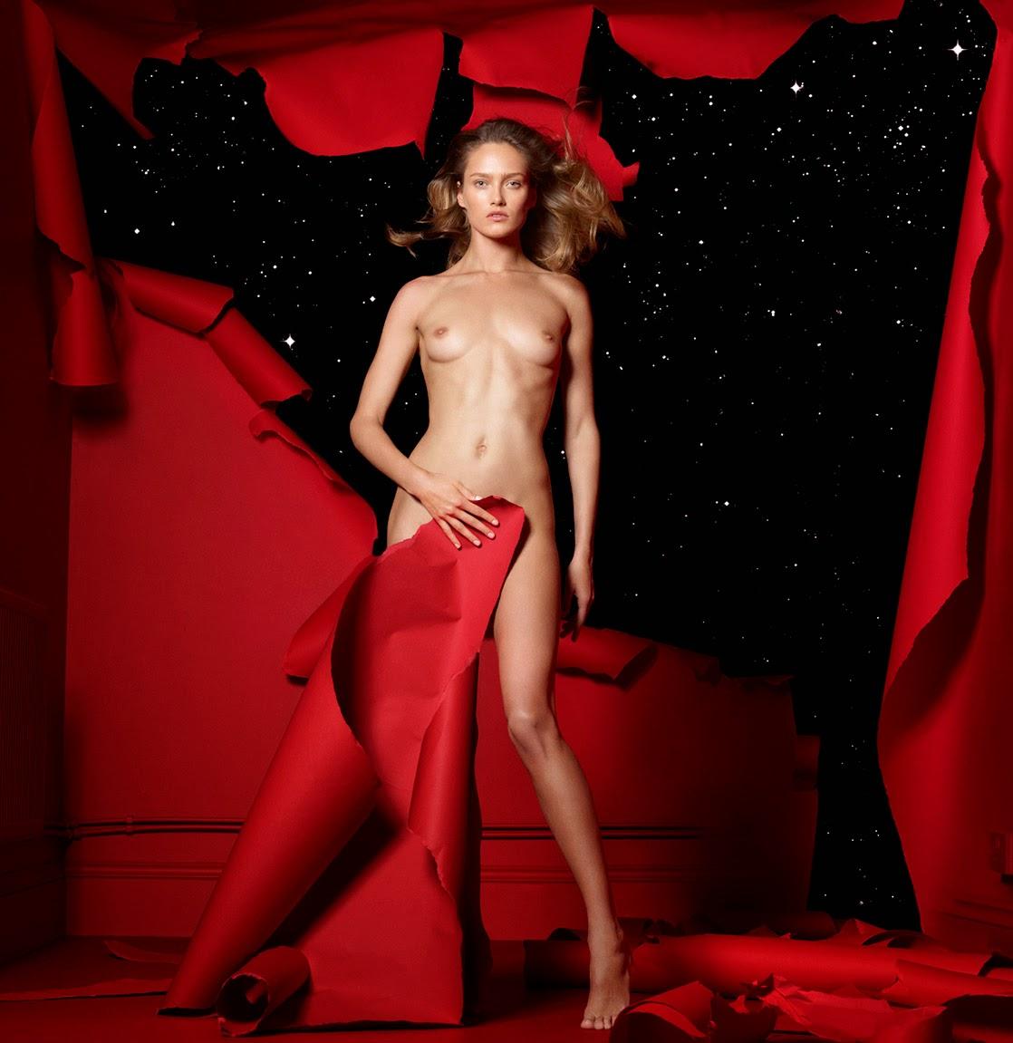 http://2.bp.blogspot.com/-sg2wFAvCKq0/Uy1CvScX5CI/AAAAAAAA1n8/3xxgfoniBuc/s1600/%25C2%25A9Cuneyt+Akeroglu+-+The+Red+Room+Project-011.jpg