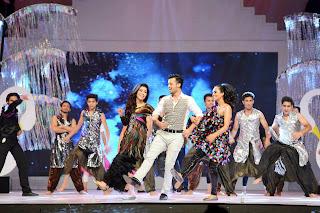 nida yasir atif aslam humaima malik dancing on lux style award 2013