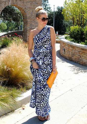 Weekend Getaway Maxi Dress With Amber Color Purse