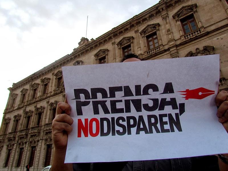 http://2.bp.blogspot.com/-sg9HDZ_a9qA/UwpDaJxKkhI/AAAAAAAAB9A/o-lgatM5woI/s1600/chih+apoya+protesta+7.JPG