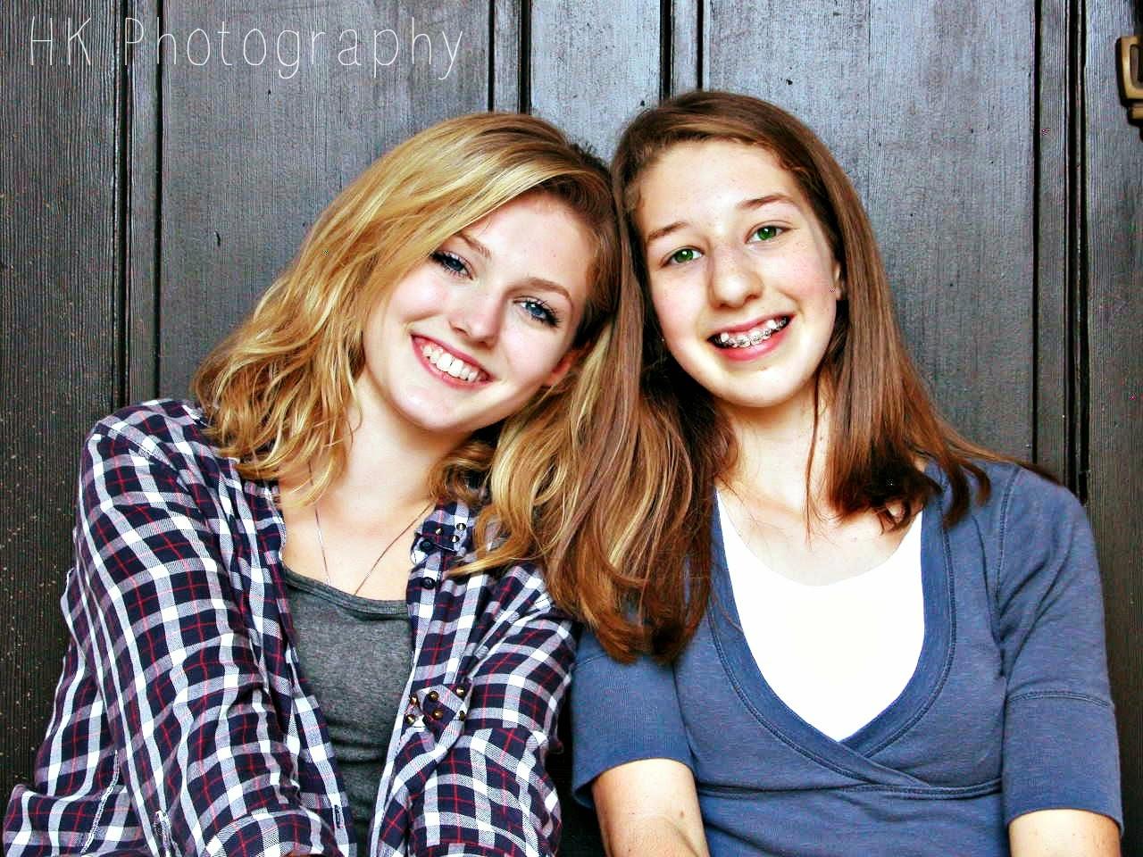 Photoshoot- http://pimplesandfreckles.blogspot.com/