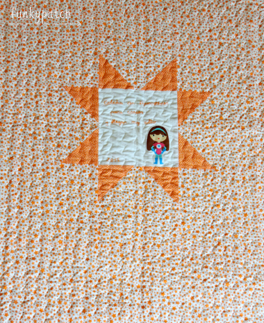 Colcha de patchwork para cuna con Súper Heroínas