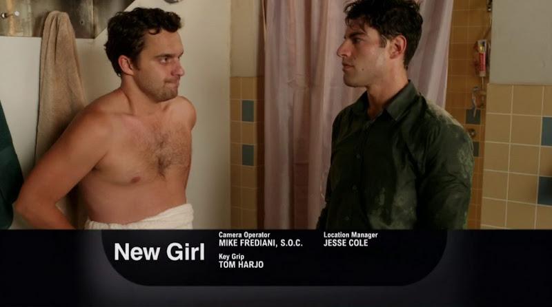 Jake Johnson Shirtless in New Girl s1e04