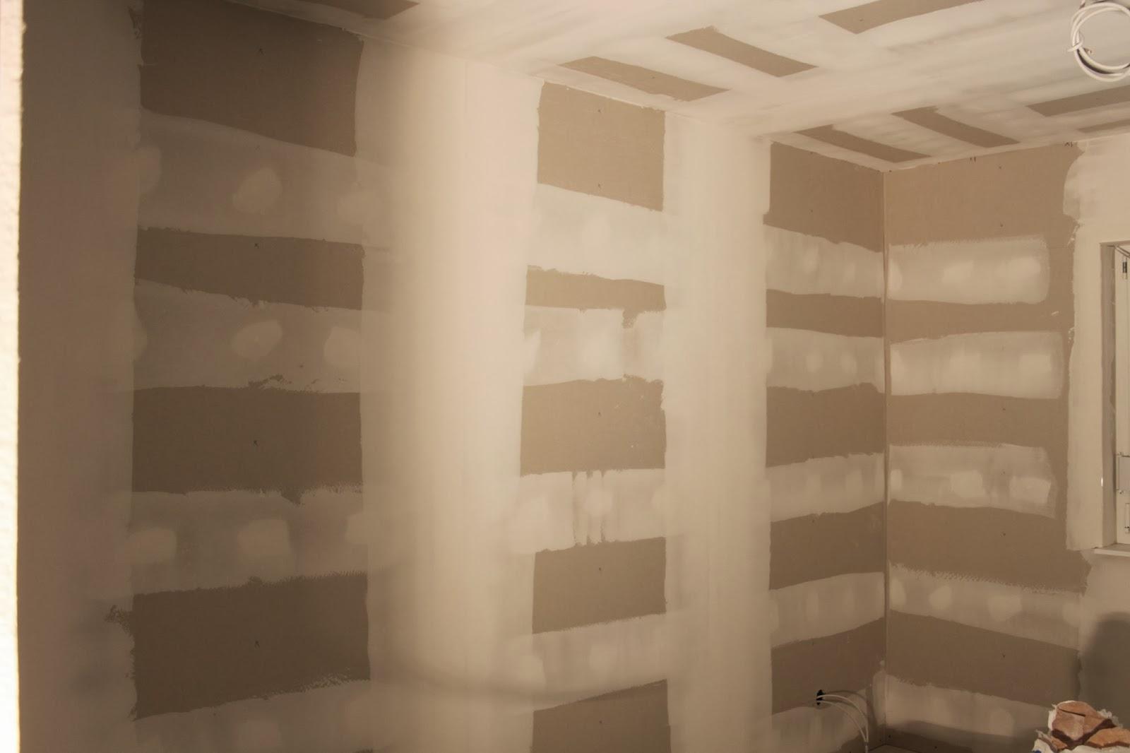 unser traum vom scan haus spachteln und fliesenvorbereitung in den b dern. Black Bedroom Furniture Sets. Home Design Ideas
