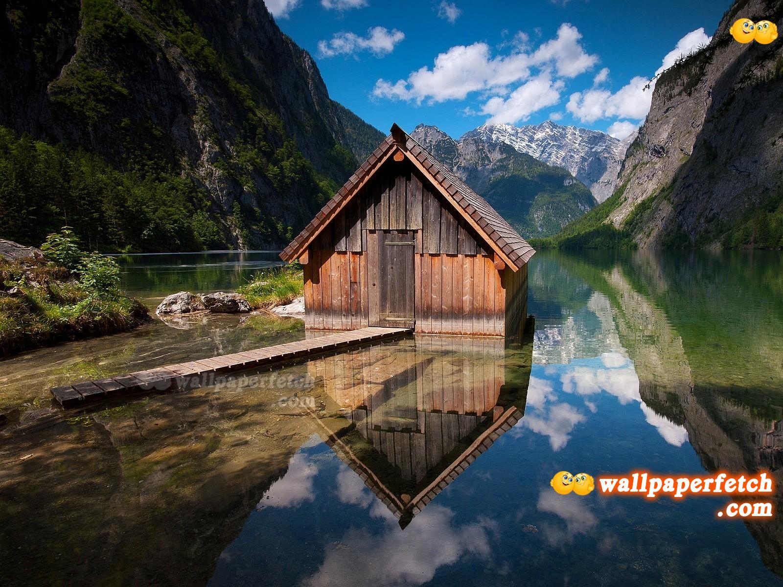http://2.bp.blogspot.com/-sgWuT2EL_0Q/T6QH5T06VnI/AAAAAAAALEg/dK8YlV4XK-s/s1600/Lake_Hut_Wallpaper_1600x1200_wallpaperhere.jpg