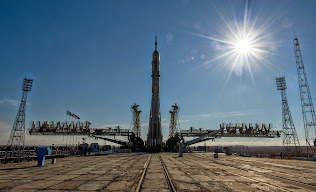 SOYUZ TMA-16M SPACECRAFT ROLLS OUT