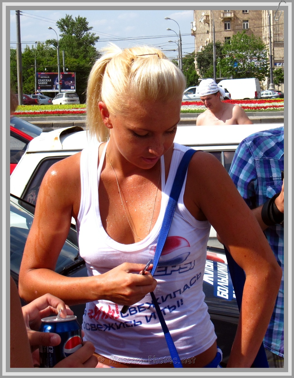 Wet Blonde Moscow Pepsi Girl