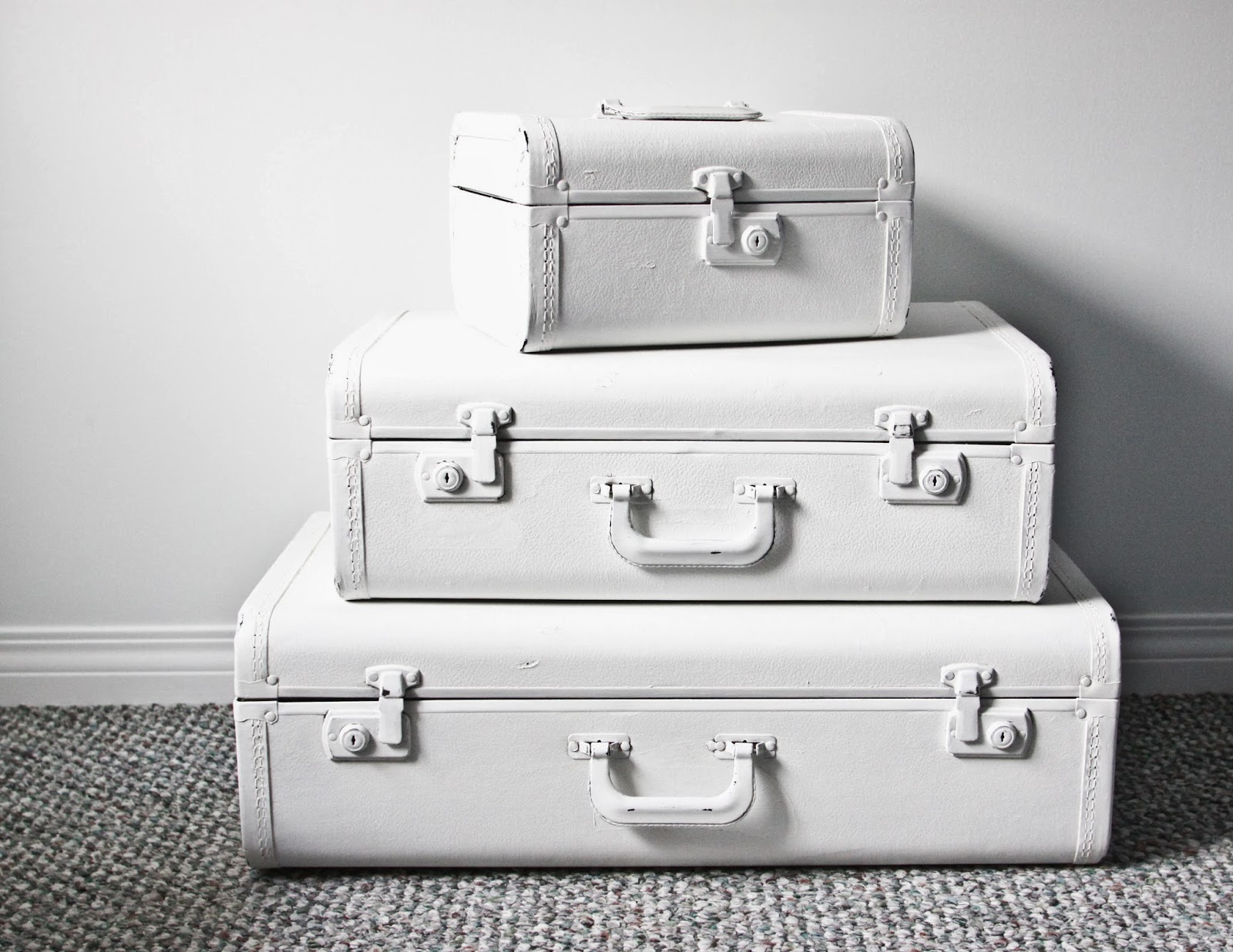 *3 suitcase set and trunk have SOLD...blue suitcase still available* Here  they are (before pics at the bottom):