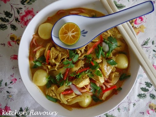 kitchen flavours: Chiang Mai Chicken Noodle