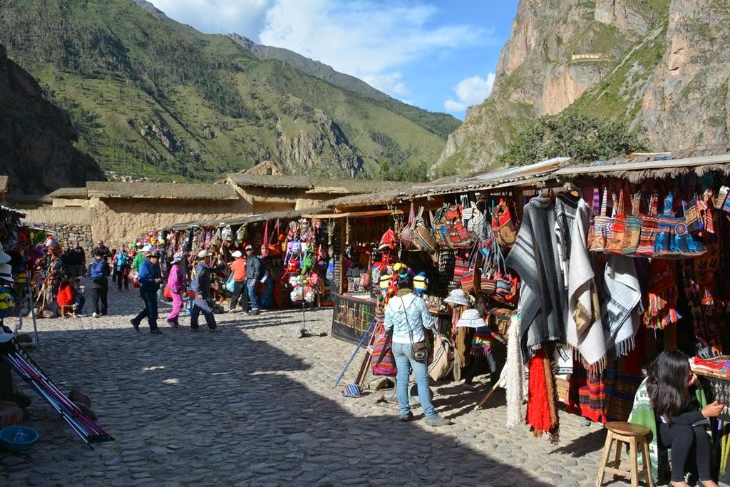 Ollantaytambo Town market