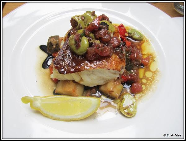 Restaurant Jaja, antre du vin carte, rue sainte-croix de la Bretonnerie Paris 3ème, plat menu cabillaud aux petits légumes
