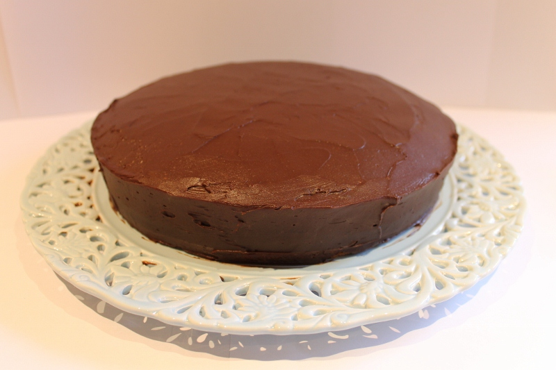 A Slice in the Life of Julie: Mocha Sour Cream Cake