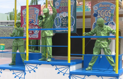 Green Army Men Toy Story Midway Mania show Disney DCA