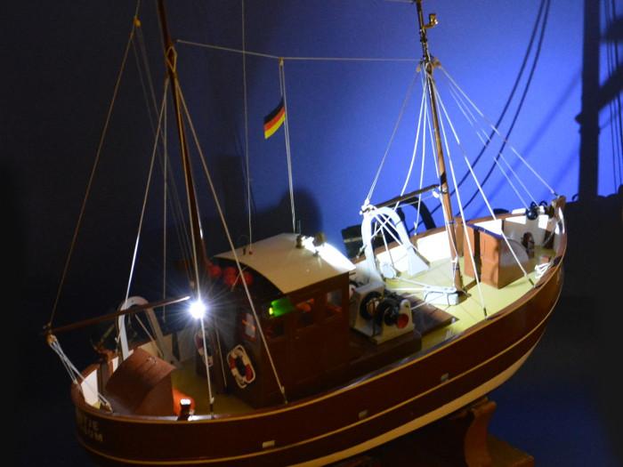 Antje von Robbe mit neuer LED Beleuchtung Bild 3