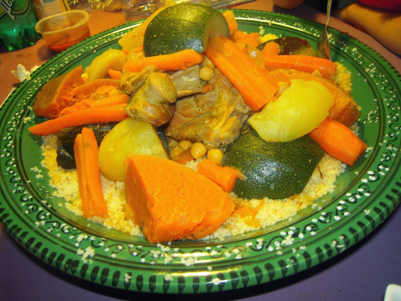 mon recette couscous marocain aux legumes couscous viande blogs de cuisine. Black Bedroom Furniture Sets. Home Design Ideas