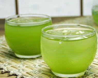 صورة للشاي الأخضر المثلج