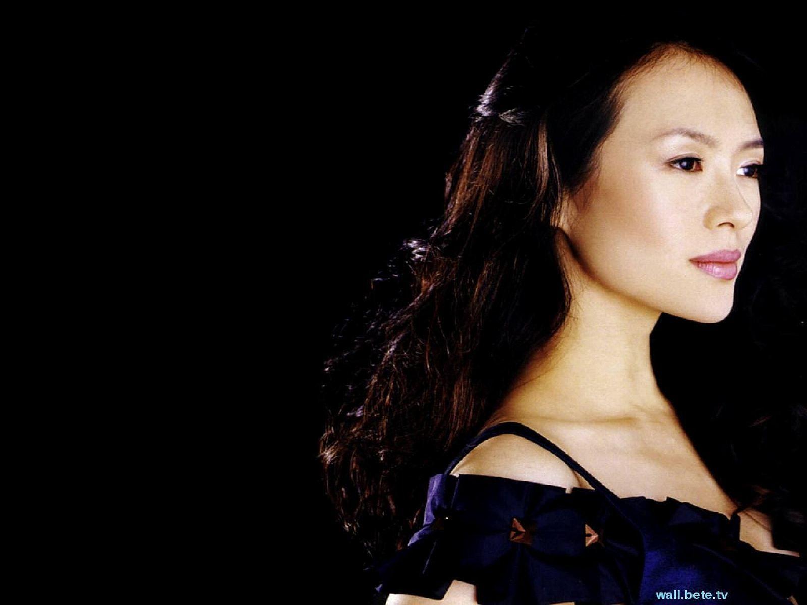 http://2.bp.blogspot.com/-shkyjeVaxcE/TfuAsiKdltI/AAAAAAAAAgg/MAQqWBzGcr8/s1600/Zhang_Ziyi.jpg