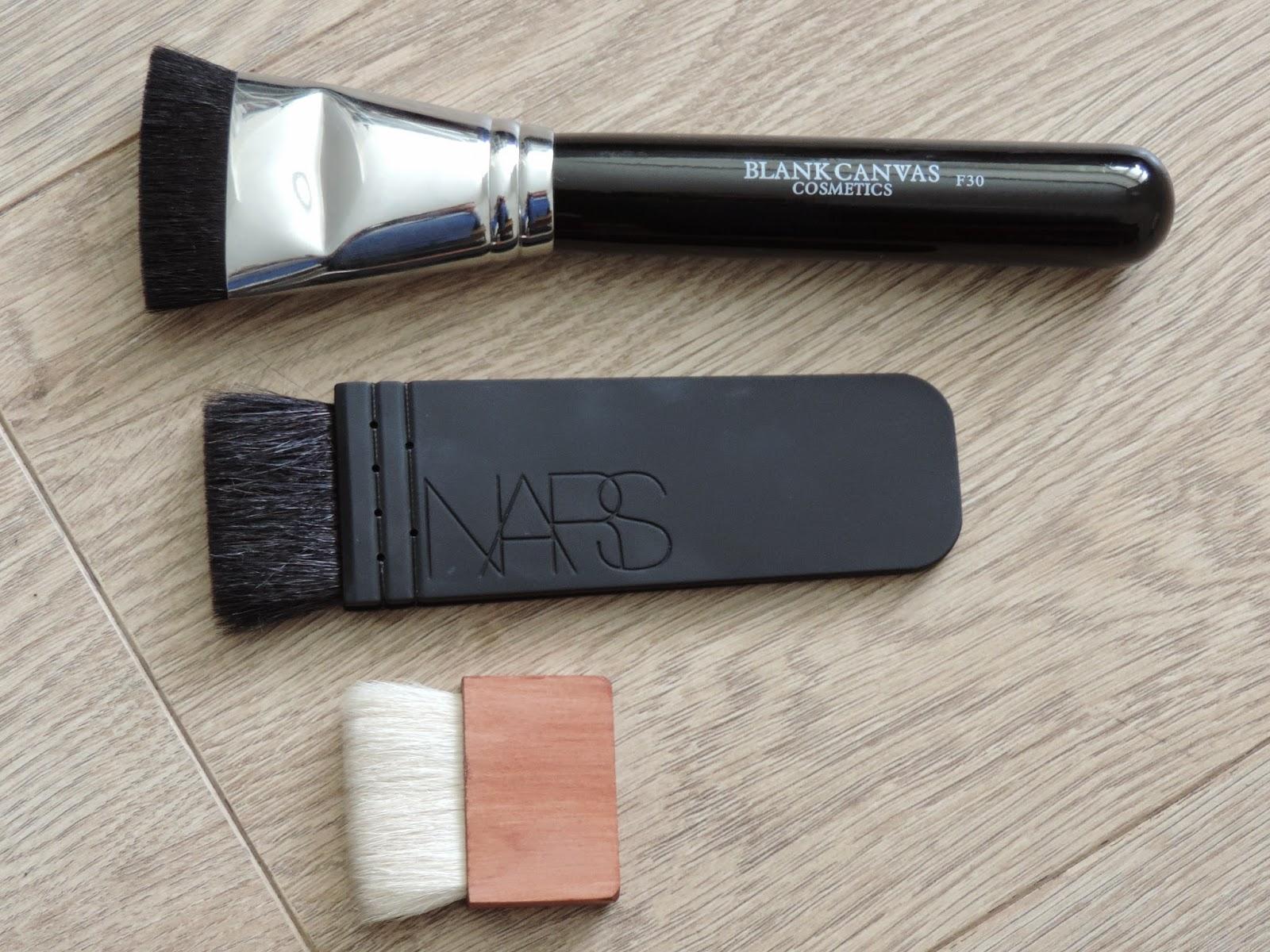 best contour brush. flat contour \u0026 sculpting brushes make contouring easy. best brush e