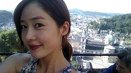 Haha, Sung Yuri