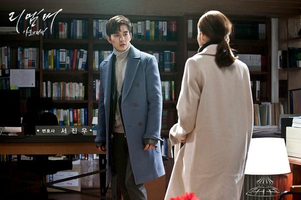 """Park Min Young sốc nặng khi nghe tin Yoo Seung Ho """"giết người"""""""