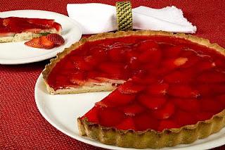 Torta de morangos diet para natal e ano novo