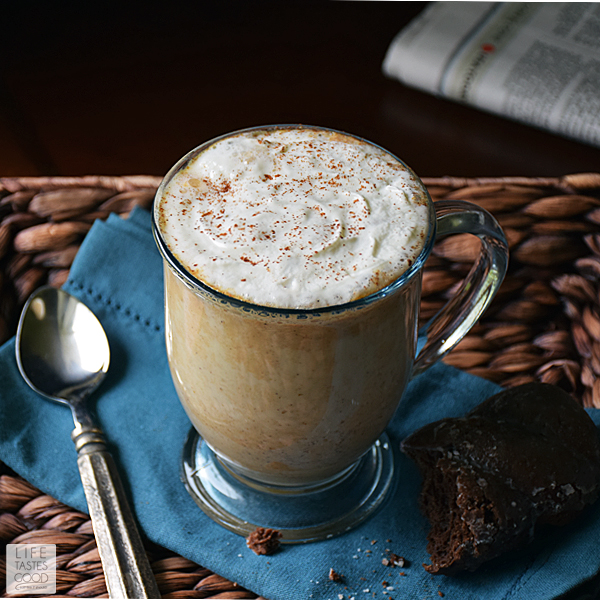 Wake up the house with the warm, comforting aroma of pumpkin pie simmering on the stove-top with this kid-friendly Pumpkin Pie Latte recipe | by Life Tastes Good. #LTGrecipes #RHFood