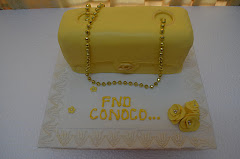 Cake Chanel Yellow Set Hantaran