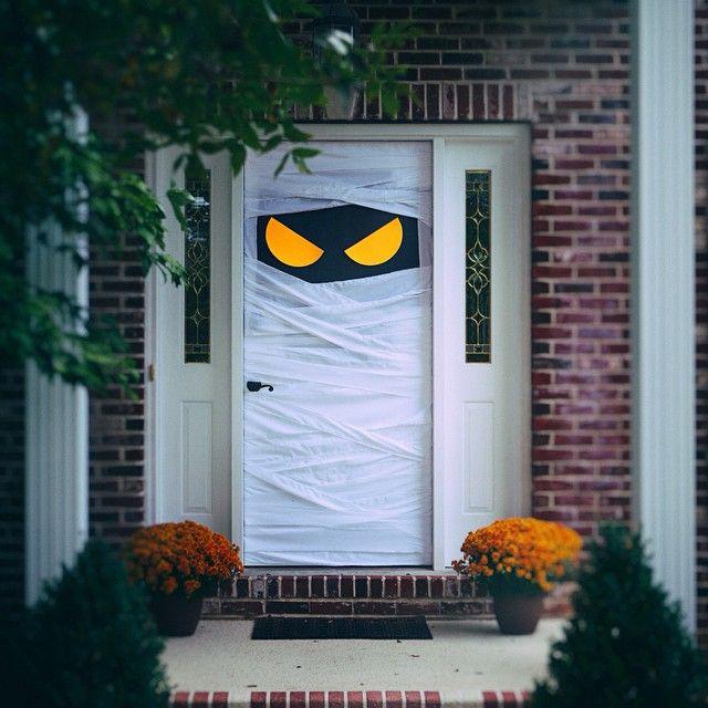 Deco halloween puertas de entrada decoraci n retro for Puertas de halloween
