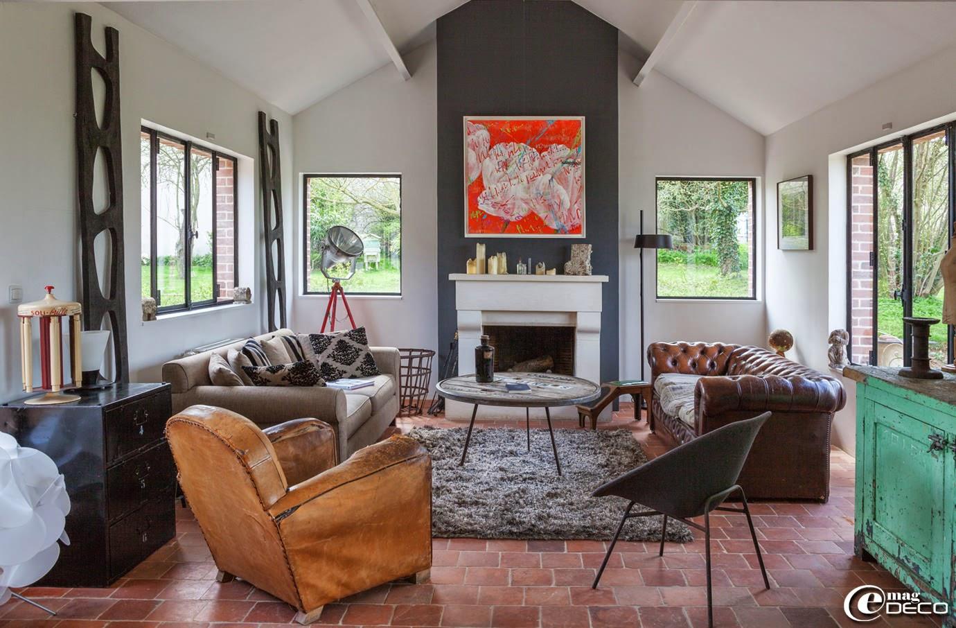 brocante de la bruy re e magdeco magazine de. Black Bedroom Furniture Sets. Home Design Ideas