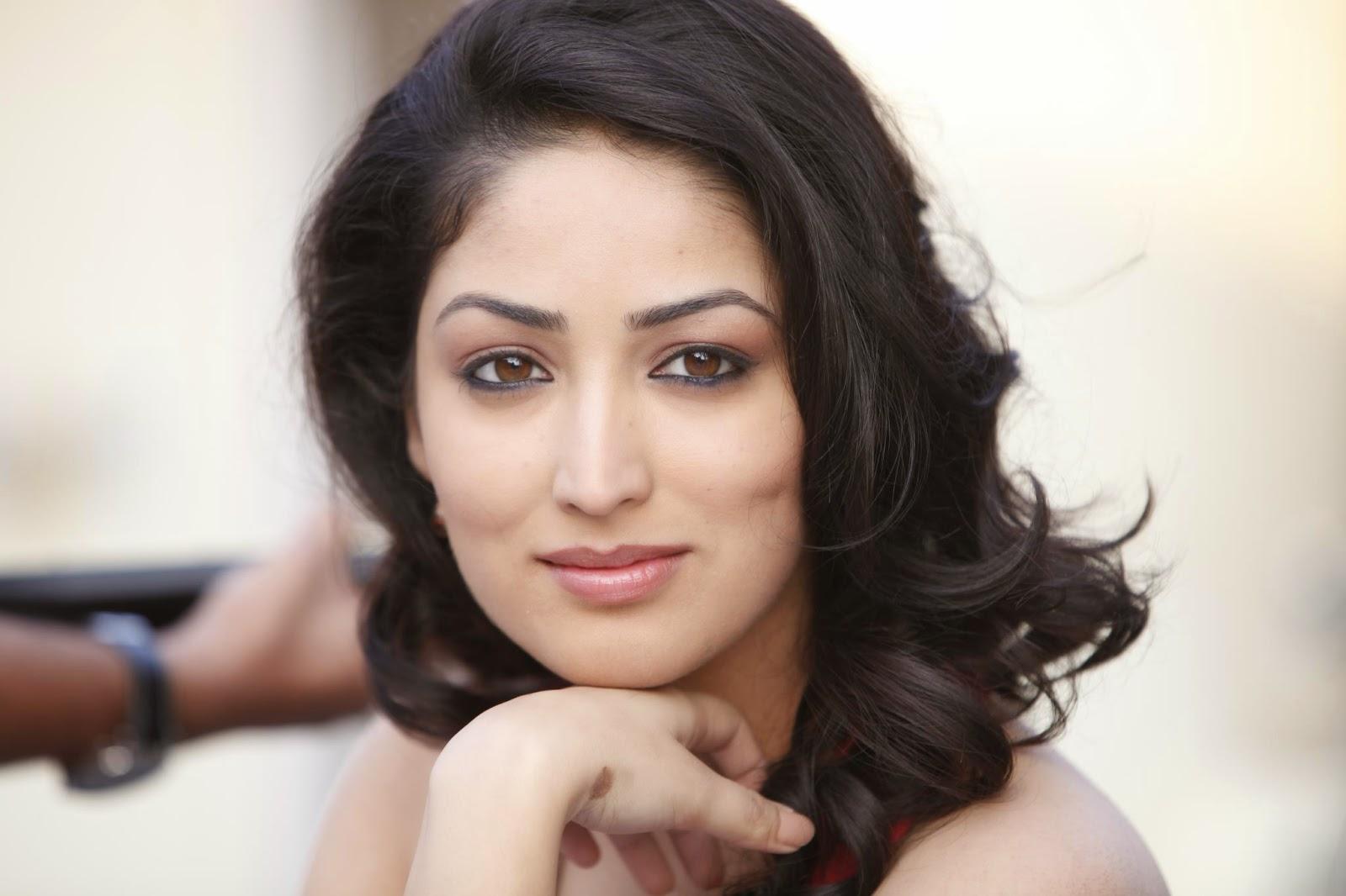 actress celebrities photos: action jackson actress yami gautam new