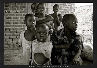 صور اطفال فقراء Photo%2Bpoor-children%2B%25284%2529
