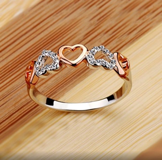 Stunning Heart Ring