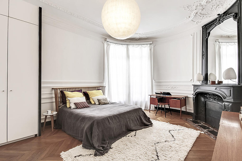 un appartement haussmannien moderne et design blog d co mydecolab. Black Bedroom Furniture Sets. Home Design Ideas