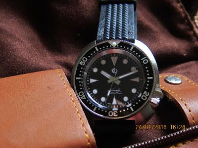 Athaya Vintage Lamafa Diver