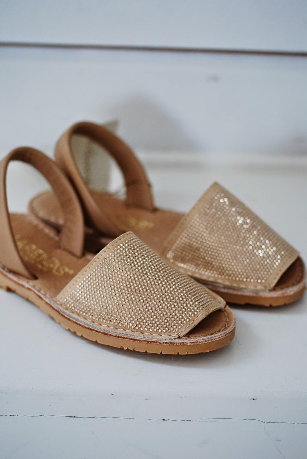 marenas sandaler rea