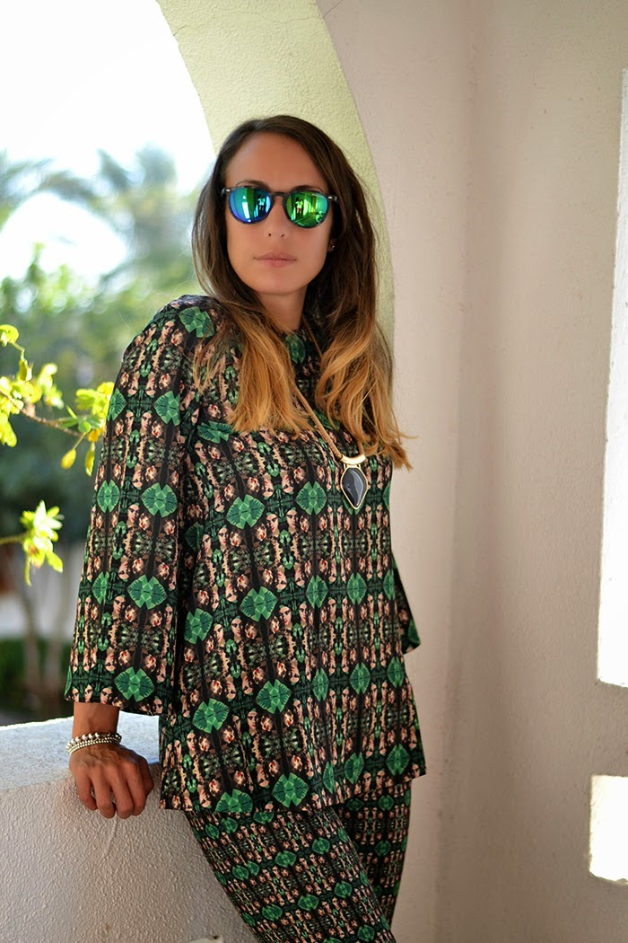 ethnic outfit fashion blogger