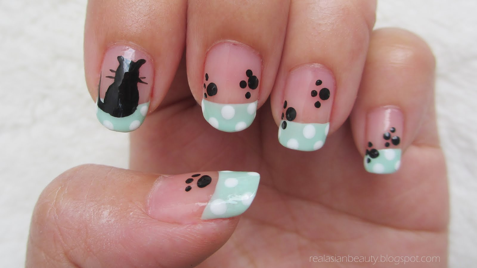Real Asian Beauty Kitten And Paws Nail Art