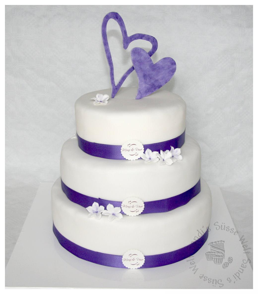 Sandi S Susse Welt Hochzeitstorte In Lila