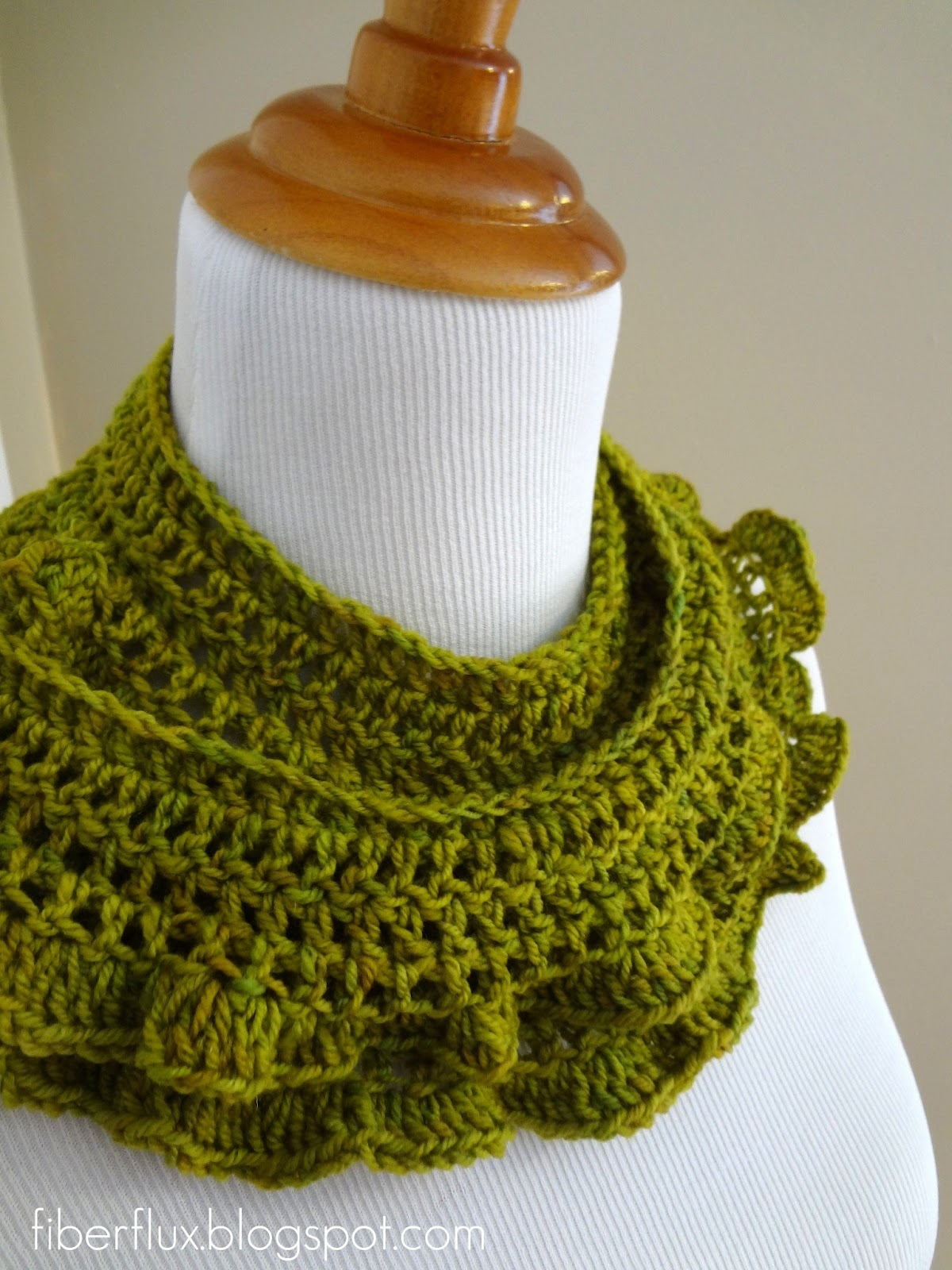 Free Crochet Scarf Patterns With Pictures : Fiber Flux: Free Crochet Pattern... Arugula Scarf
